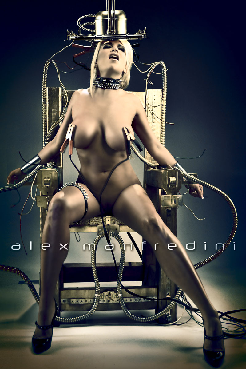 iStudio - Alex Manfredini - Nicole Moser by Alex Manfredini: http://www.istudio.com/zh/photo/view/659742
