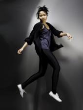 Kam Wong - Walking in the Air