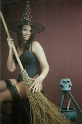 Freezeframe Photography - witchy woman