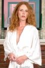 Art Knew-vaux - In her robe