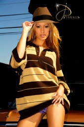 Streetlow Magazine-John Pineda - Alexia Cortez