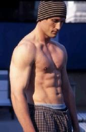 Joel - bodyshot