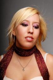 Lauren R