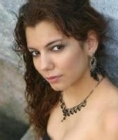 Emilia Souza