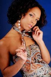 Miss Chantelle - love it