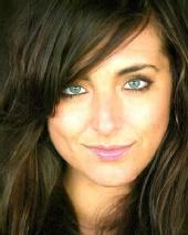 Cara Manuele - Close up