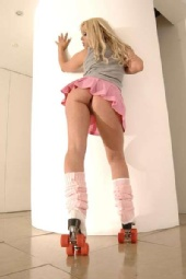 Anastacia paris - sexy in skates