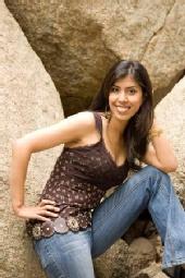 Sheena Khem. - Outdoors Anyone?