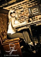 Keri Sloan - Bar Shot