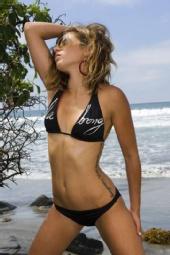 Lauren - Bikini Shot