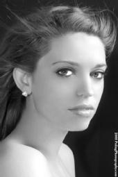 Heather Larson - headshot
