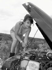 Gabriela - Fixing the Jeep