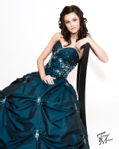 Kelsey Hendren - Modeling for my Prom