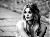 Vivienne Edge - Black and white