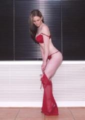 Elle - Red