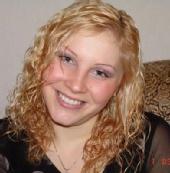 Sam - Smiling Red-Blonde Model