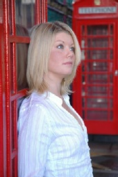 Tiffany Wilde - At phonebooth