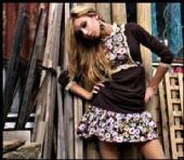 Freda Rose - Runaway, Clothing.