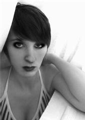 Liamaxx - Black and White