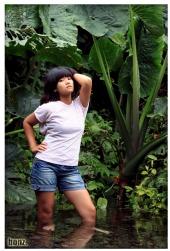 bonz - model : fitria nindya
