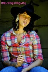 doubleuphotographer - cowgirl