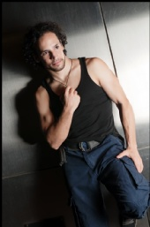 PERSONAL TRAINER - ACTOR - FIGHT CHOREOGRAPHER - November 2011