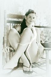 Hazel Allure FL