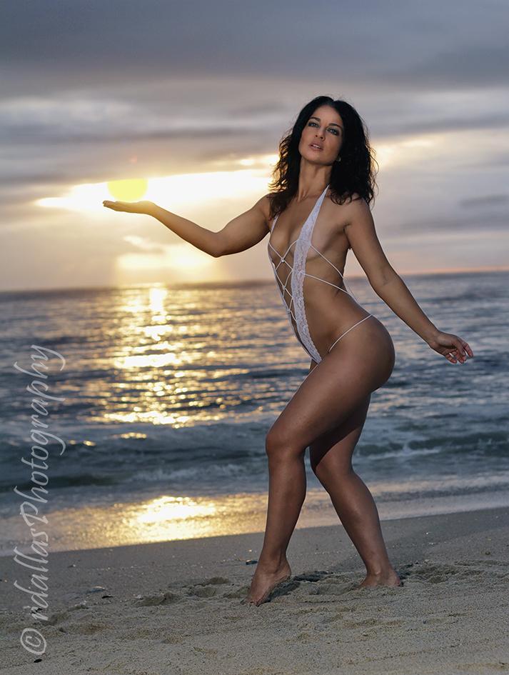 rdallasPhotography - Raising the Sun